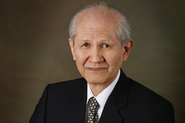 Professor Emeritus of SibFU Osamu Shimomura